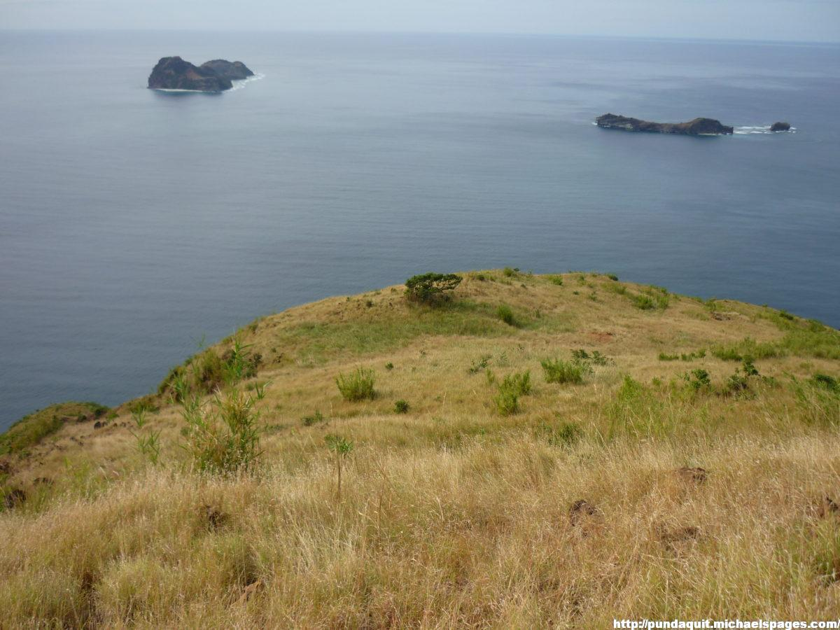 a view of Capones and Camara Island from the mountain